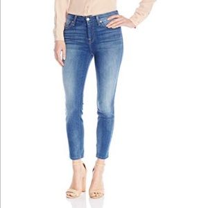 7 FAM STRAIGHT LEG CROPPED JEANS